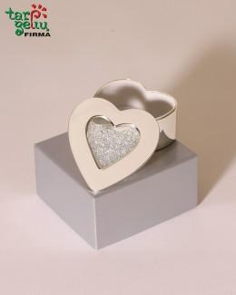 Širdelės formos dėžutė