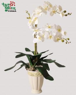Dirbtinių baltų orchidėjų kompozicija