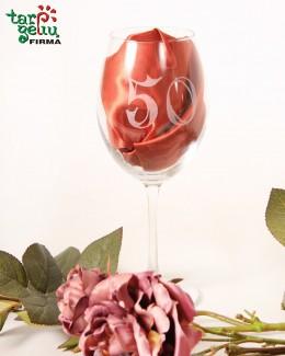 Graviruota jubiliejinė vyno taurė