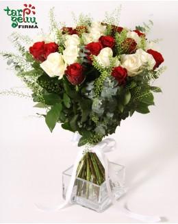 Rožių puokštė AŠ IR TU