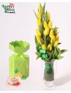 Geltonų tulpių puokštė + dovanėlė