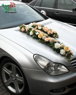 Vestuvinio automobilio puošimas
