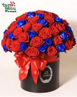 Розы в коробке WOW