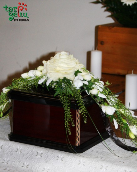 Urn Flower Arrangement GLAMELIA