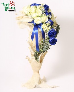 Arrangement of  roses MALVINA