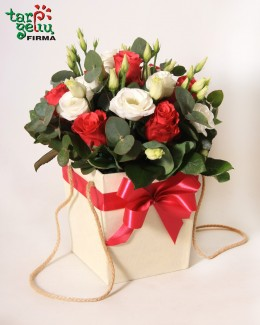 Flower box ROSES & EUSTOMA