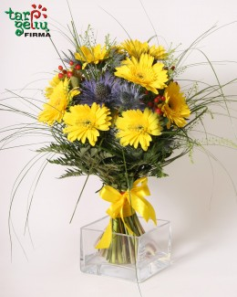 Bouquet of yellow gerbera