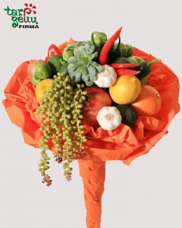 Bouquet of vegetables and fruits