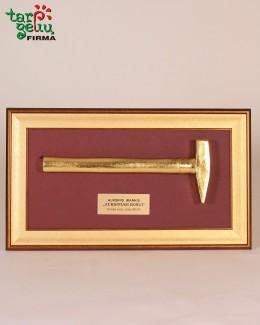 """""""Auksinis įrankis auksiniam Bosui"""""""