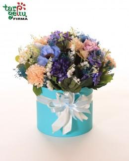 """Dirbtinų gėlių dėžutė """"Melsva"""""""