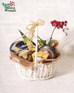 Gurmaniškas sūrių krepšelis