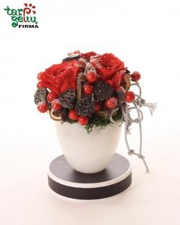 "Kompozicija ""Žiemos rožės"""
