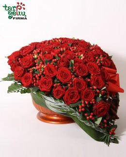 """Rožių kompozicija """"Širdis"""""""