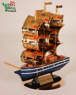 """Laivas verslo sėkmei"""