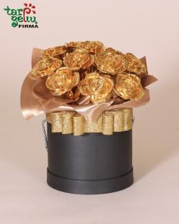 Auksinių rožių dėžutė