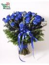 Puokštė iš 50 mėlynų rožių