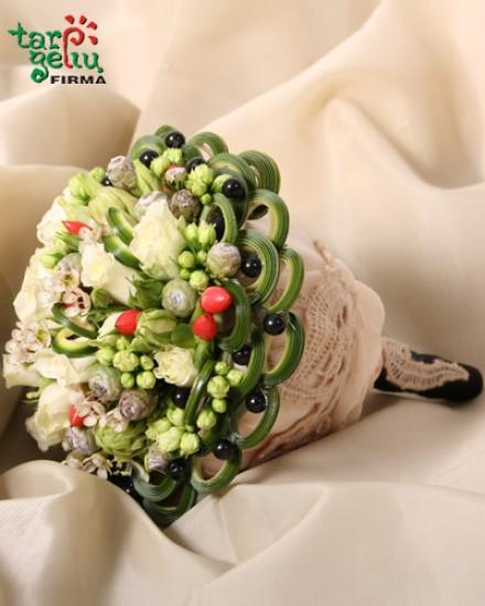 Vestuvinė puokštė SVAJONĖ