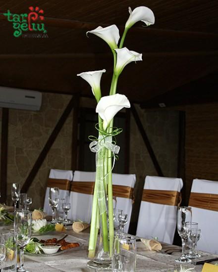 Stalo puošimas vestuvėms