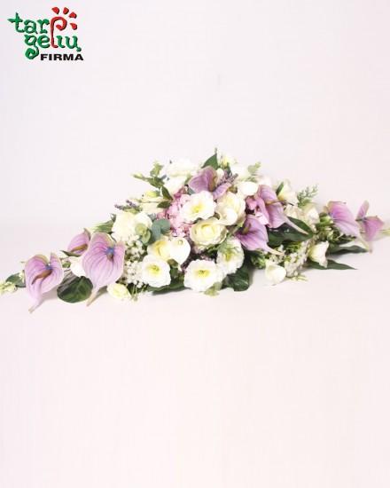 Vėlinių puokštė iš dirbtinių gėlių
