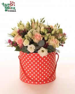 Цветы в коробке POLKA DOT