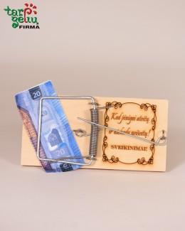 Spąstai pinigams įpakuoti