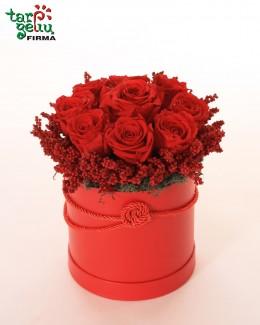 """Коробка с розами """"Love"""""""