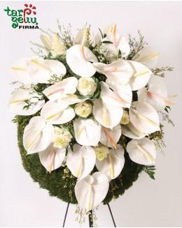Траурная композиция  с орхидеями