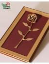Metalinė rožė rėmeliuose