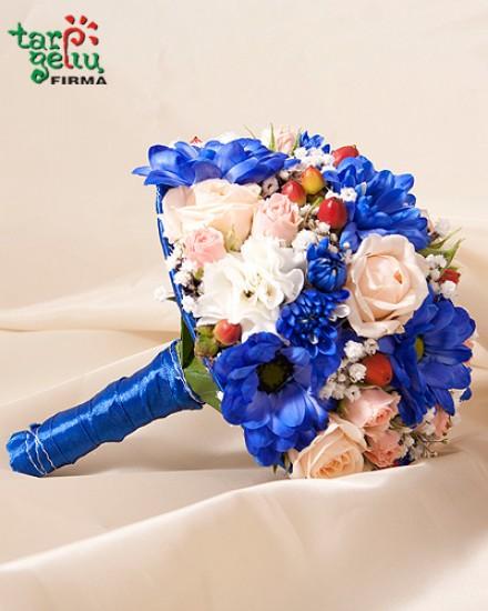 Bright bouquet bridesmaids