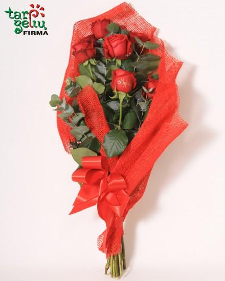 Rožių puokštė JAUSMAI su užrašu