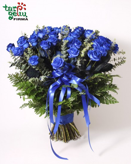 Bouquet of 50 blue roses