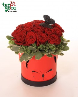 Black Flower Box With Roses