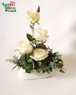 Mini arrangement of the urn