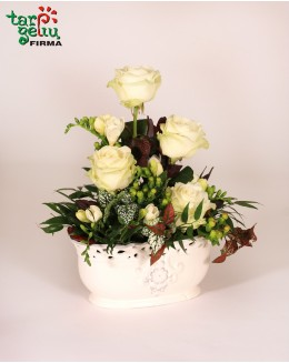 Mini arrangement of the urn