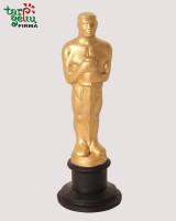 Oscar statuette